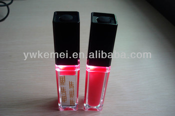 Hot sell 4.5 ml led light up lip gloss/private label cosmetics