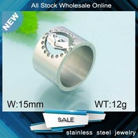 2015 fashion jewelry inlay crystal female carving stainless steel ring