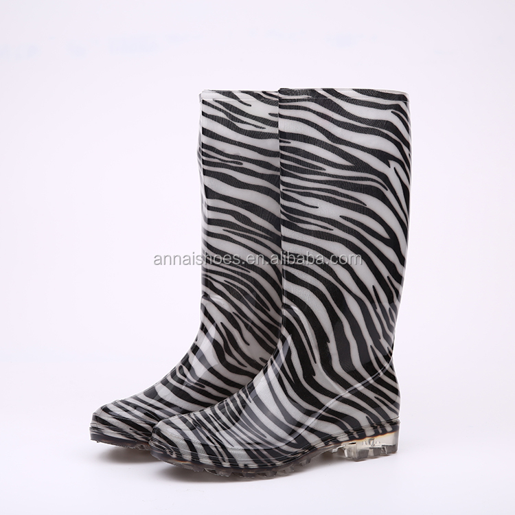 Factory price rose ladies PVC rain boots wholesale, industrial shoes price