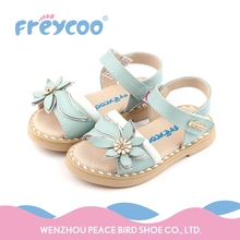 Promotional cheap price blue soft baby girl walking shoes