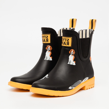Qinghong Footwear Stylerain 2017 new style Mature rubber boots women Lady cool rubber rain boots