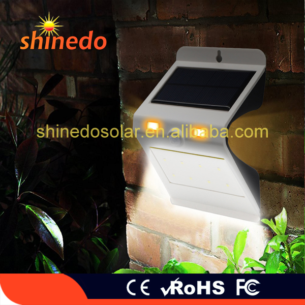 Solar Energy Remote Control Detection Motion PIR Sensor Yard Wall Light