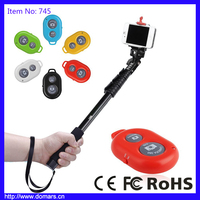 2017 Hot Sale Popular Mini Selfie Stick Bluetooth Remote Controller for both Andiord and IOS Phones