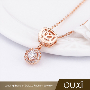 New Design Fashion 18K Gold Flower Charm AAA Cubic Zircon Diamond Pendant Women Wedding Necklace