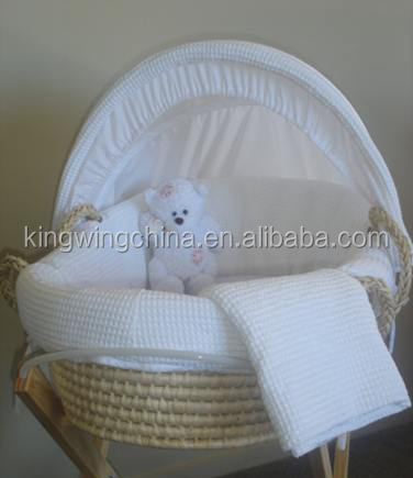 White Waffle Fabric Moses Basket with Fixed Stand