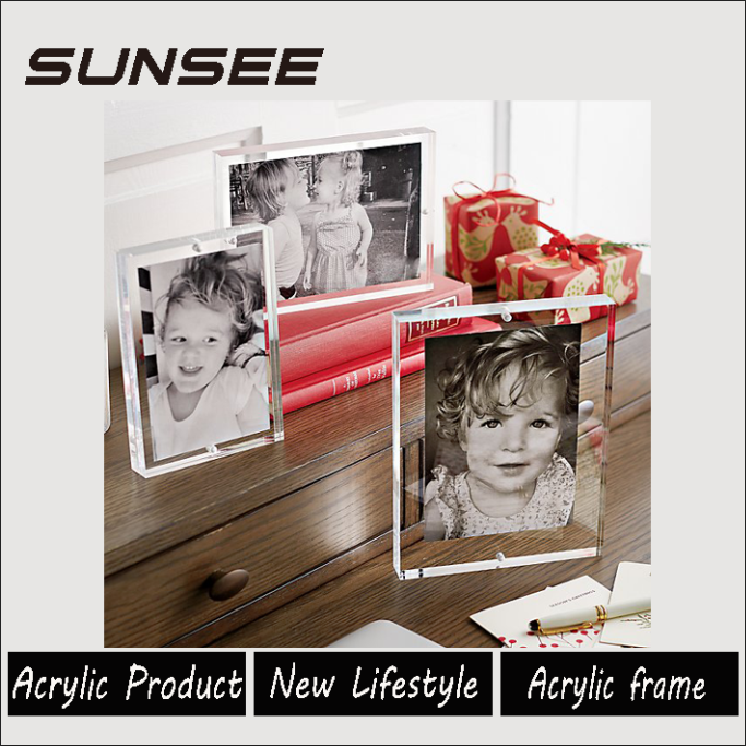 customized manufacturers supplier acrylic photo frame with water and glitter