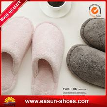 hot cheap lady flate shoes lady fleece slippers lady fold up shoe