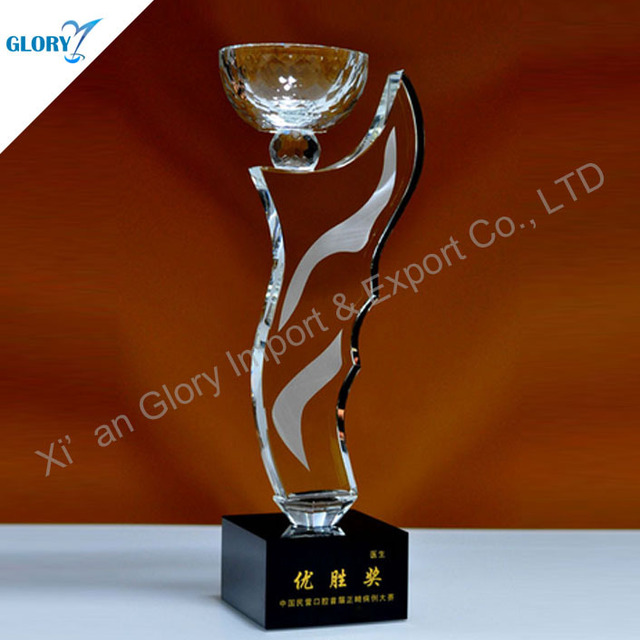 Cheap Quartz Crystal Sports Cups And Trophies