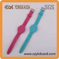 Hot sell cheap 13.56Mhz custom silicone bracelet adjustable rfid wristband