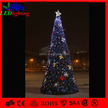 2015 outdoor led christmas tree with plastic ball