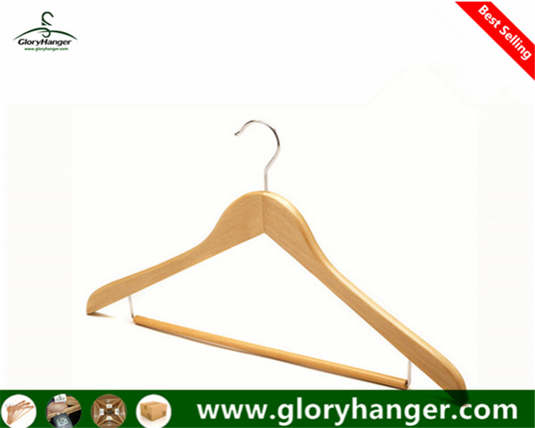 Wholesale Top Quality Natural Wooden Suit Hanger with Locking Trousers Bar