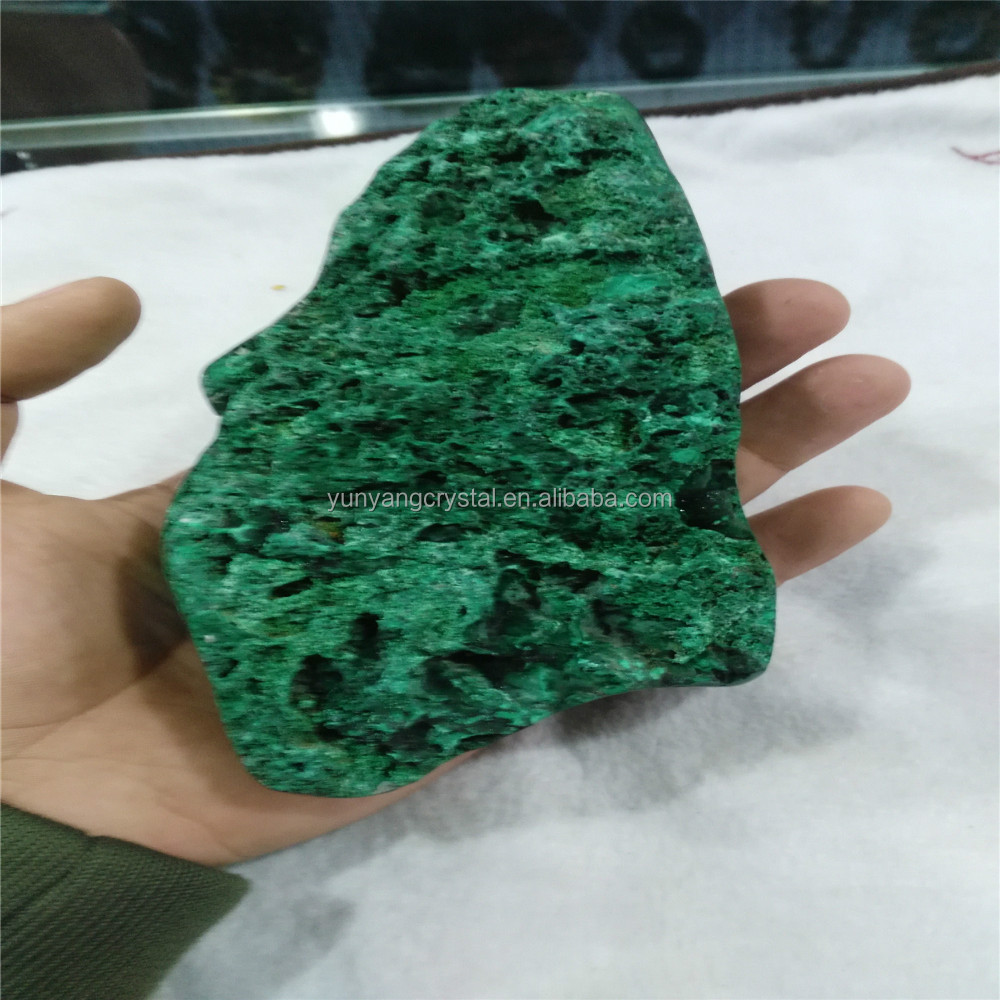 2015 wholesale carving Natural Green Malachite quartz crystal Carvings Tumbled Stones