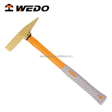 High Quality Plastic Handle Brass Scaling Hammer