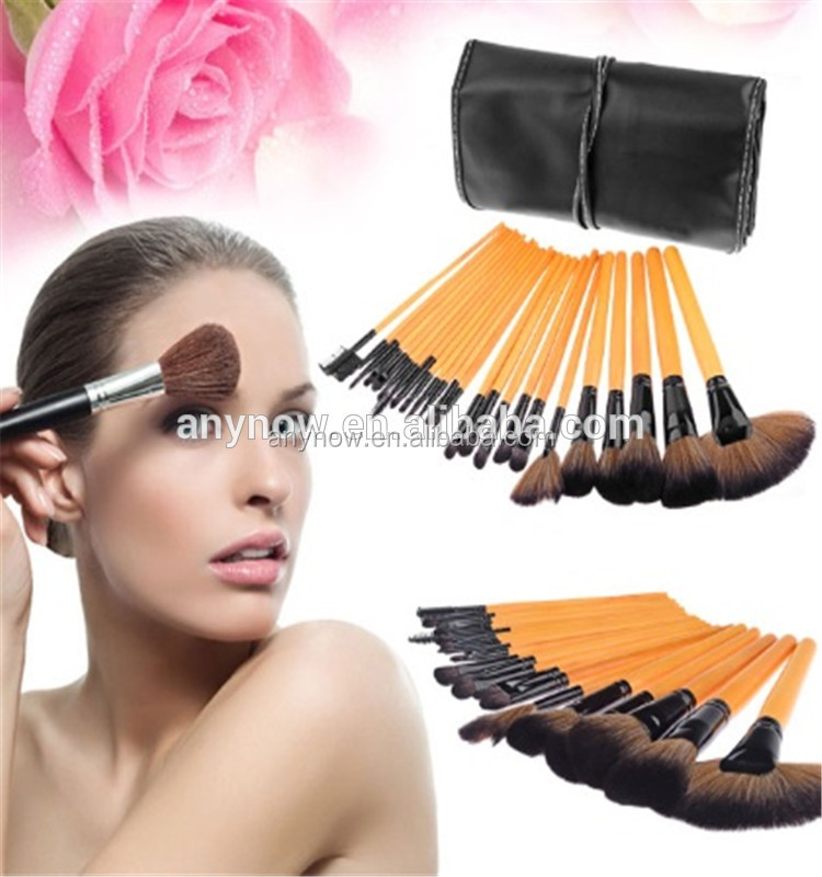 New Fashion Multifunction 24 Pieces Wooden Handle Make Up Brushes