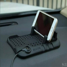 mobile cell phone stand holder/anti-slip vehicle-mounted silicone car phone holder in car