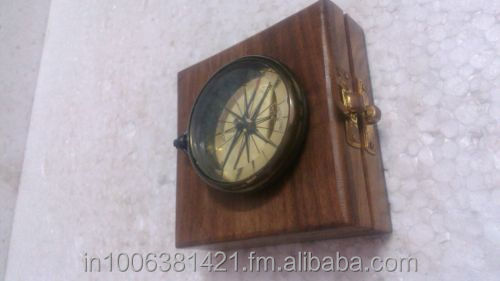 RARE VINTAGE REPRODUCTIVE DOLLOND LONDON BRASS SUNDIAL COMPASS, WOODEN CASE