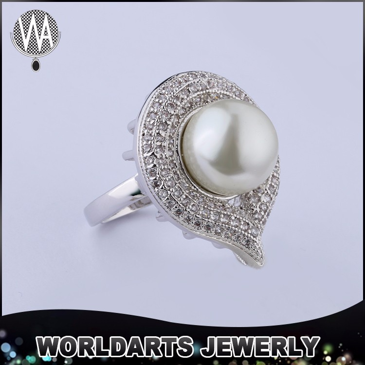 Fashion jewelry elegant latest women sterling silver flower pearl ring design