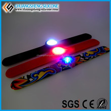 Manufacture Wholesale NFC/RFID Radio Controll LED Wristband Light UP Bracelets Wireless Glow Wristband For Concert Event