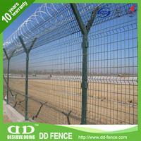 buy high quality security underwater fence / high quality welded mesh airport fence / airport fence top with barbed wire