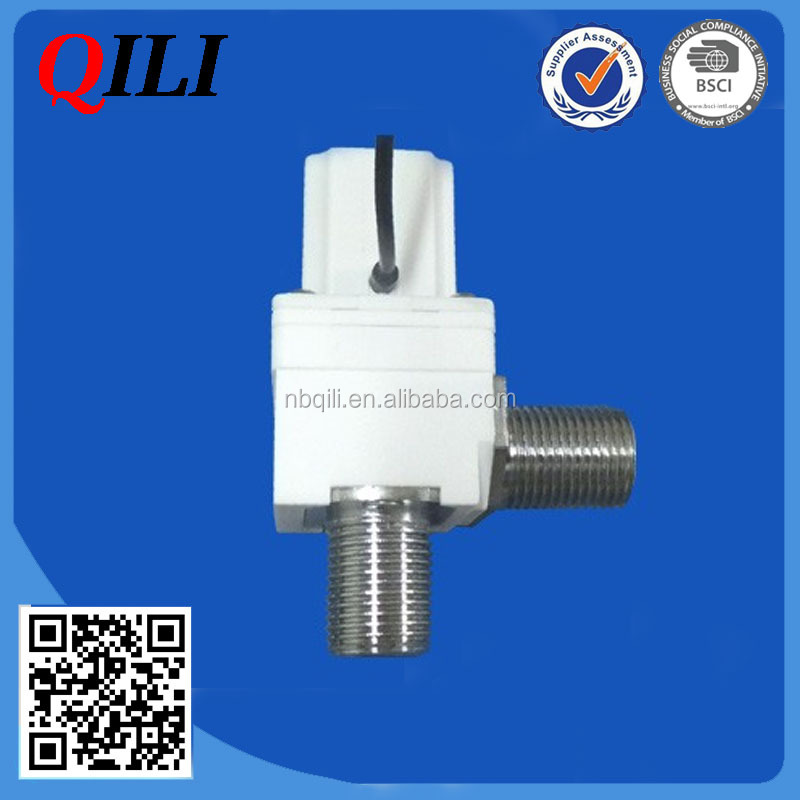 Pilot operated water solenoid valve