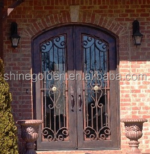 High quality tempered glass arched interior iron door SG-14D029