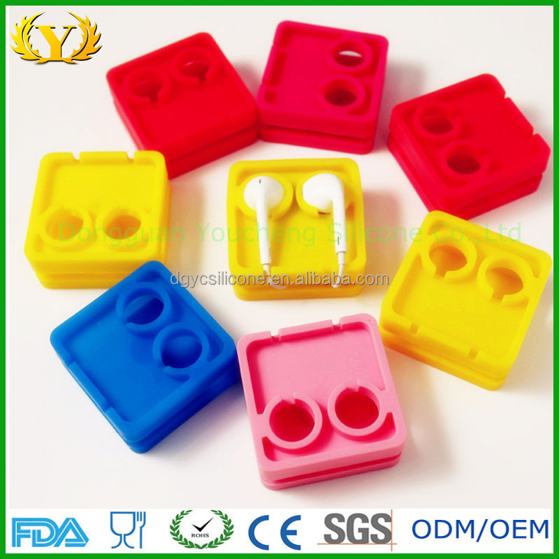 High quality customized silicone earphone cable winder/clip/holder