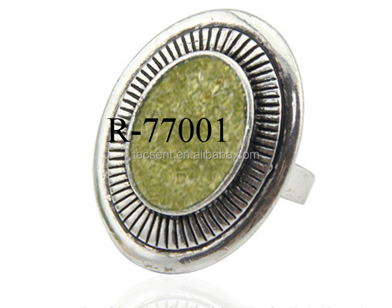 Newest peridot stone finger rings, olivine green stone rings for men, Unique peridot stone rings from Tianye jewelry factory