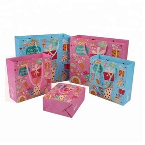 Wholesale Custom Logo Paper Packaging Happy Birthday Gift Bag With Ribbon Handles