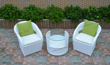 Hot selling white resin wicker outdoor furniture morden table and chairs set