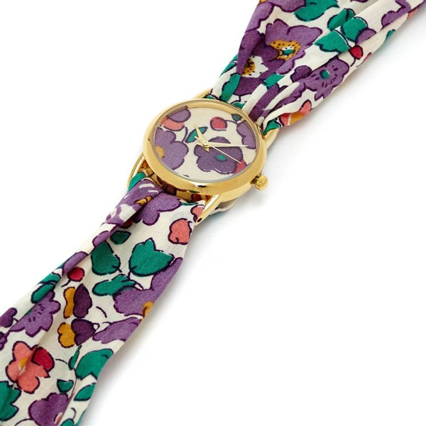 Lastest design quality crafted quartz ladies bracelet watch with cloth fashion strap