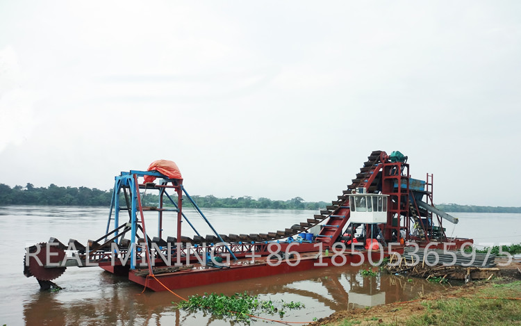 Africa Congo hot sale Bucket Chain Alluvial Gold Dredging Machinery for sale