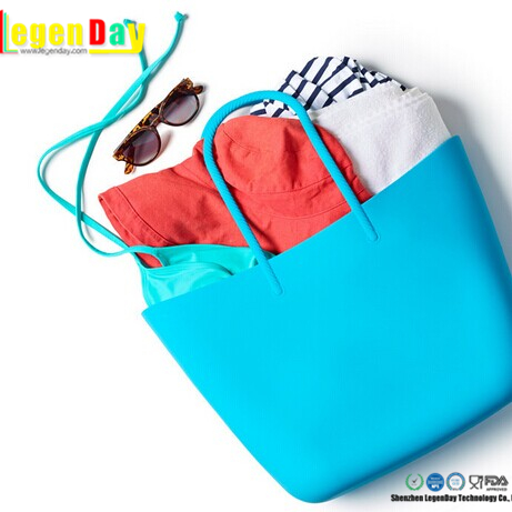 2017 New arrival promotional silicone hand bag women beach bag