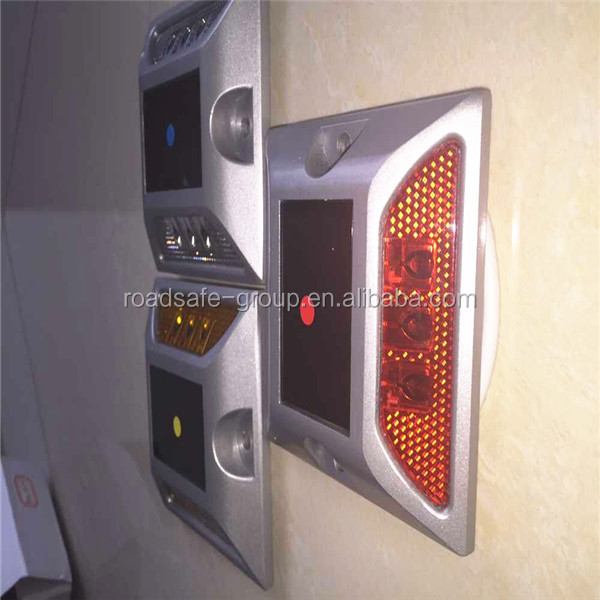 Aluminum solar LED road stud