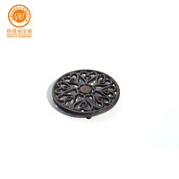 China good price good quality round cast iron trivet black for kitchen