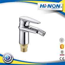 Single handle single hole Chrome plating Bidet faucet