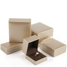 Sample Free 2017 New Design In Stock Gift Paper Box Folding Paper Jewelry Box