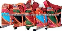 Cheap stock lot handbag,Wholesale lots handbags,tribal indian shoulder bags lots