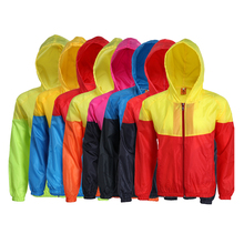 Top selling products in alibaba lightweight <strong>mens</strong> windproof windbreaker with hoodie