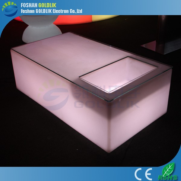 Battery KTV Nightclub Bar Furniture Illuminated Plastic LED Pub Table