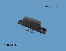 Door and window profile fittings, regulator plastic part
