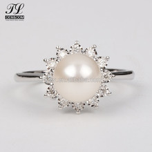 2018 New design elegent pave cz ladies finger 925 silver original pearl ring