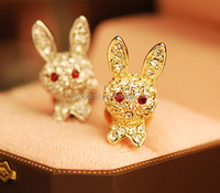 Wholesale 3.5mm Anti Dust plug Full Crystal Rhinestone Rabbit Dust Plug Jack Plugs for mobile phone