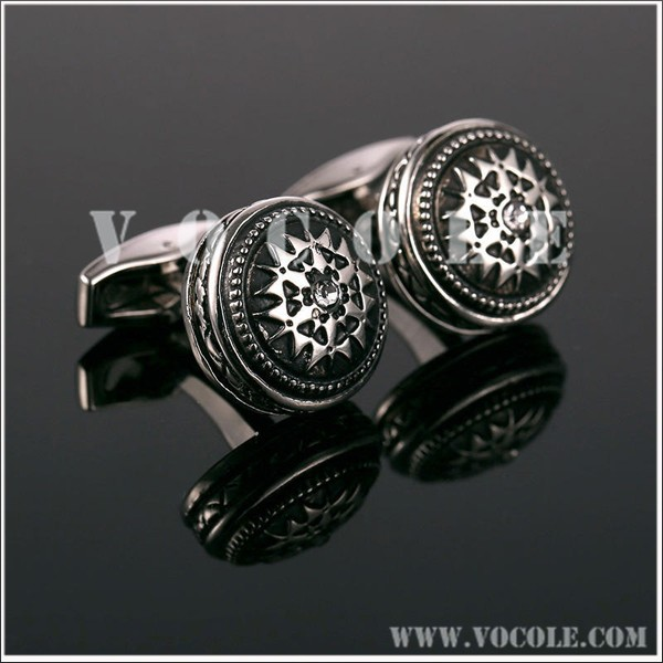 Blackened antiquated Pattern Round Brass Cufflink