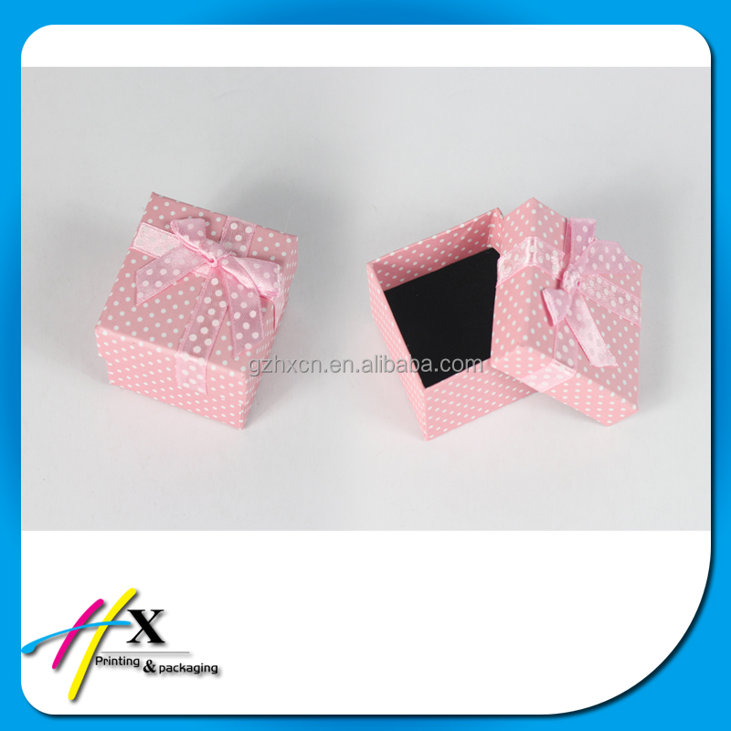 2017 Wave Point Design Custom Decorated Paper Gift Box with Bowknot Lids