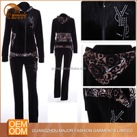 Cheap fashionable 100% velvet polyester sexy women jogging suit