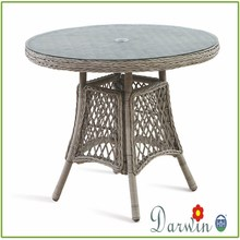Good material waterproof garden dining round rattan table with glass top