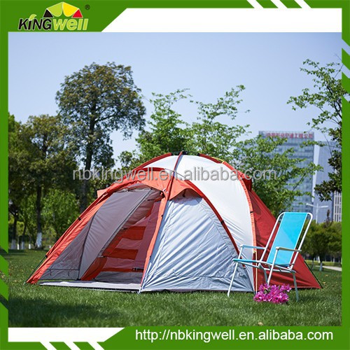 4 person double layer polyester camping family tent with fibre glass pole
