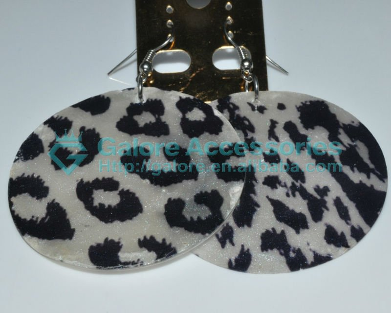animal print cheap round mother of pearl shell earrings