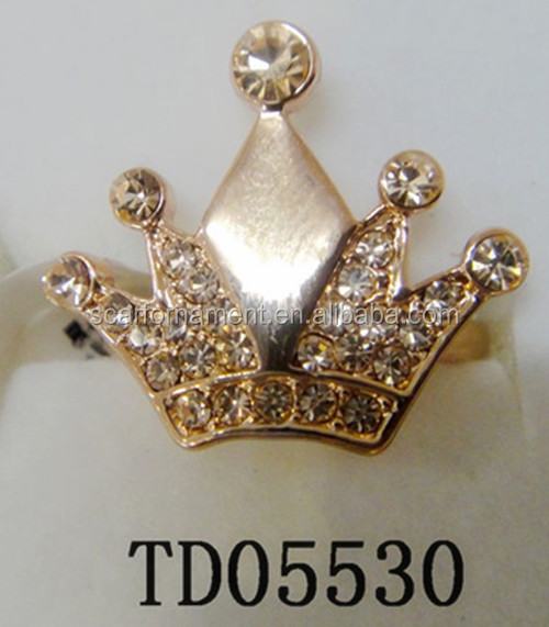 Factory Direct Wholesale Newest Fancy Crown Diamond Rings Gold Crown Shaped Alloy Finger Rings With Glow Crystal Inlaid