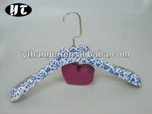 HA732 blue and white porcelain printing plastic coat hanger